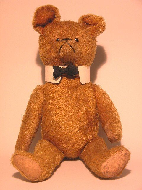 3: LARGE BOW TIE TEDDY BEAR| Gold mohair, fully jointed