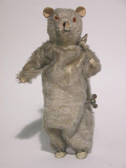 7: WIND-UP TEDDY BEAR - CIRCA 1940'S| Beige mohair, gla