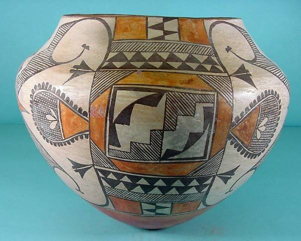 2017:  ***ACOMA POTTERY JAR| Polychrome painted with ge