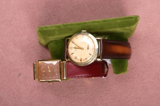 12: TWO GENTLEMEN'S WRISTWATCHES| A Longines Jane with