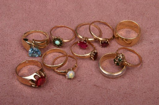 51: ELEVEN ASSORTED GOLD RINGS| Many gem set, approxima
