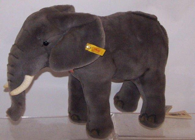 *STEIFF ELEPHANT