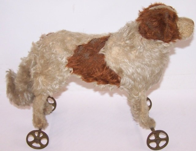 *STEIFF DOG ON WHEELS - 2