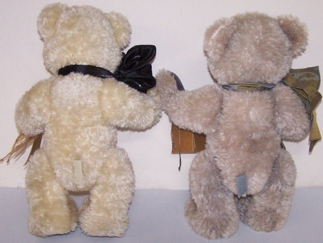 *2 JOANNE STUDIO BEARS - 2