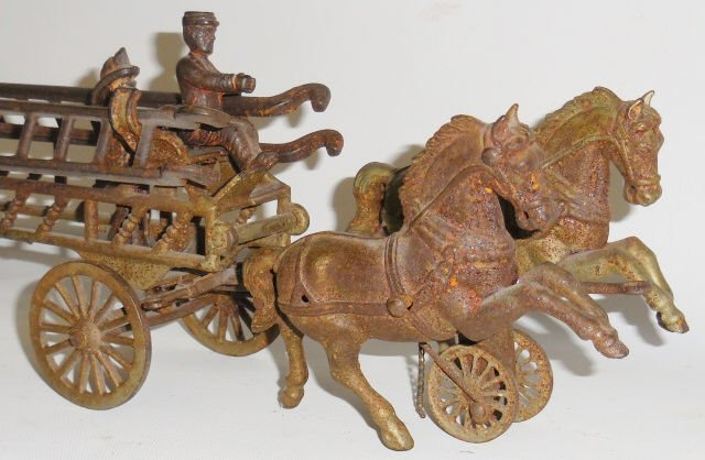 *CAST IRON 2-HORSE-DRAWN FIRE LADDER WAGON - 3