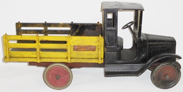 *BUDDY L PRESSED STEEL BAGGAGE TRUCK - 3