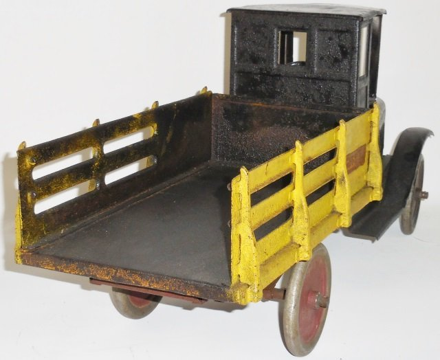 *BUDDY L PRESSED STEEL BAGGAGE TRUCK - 4