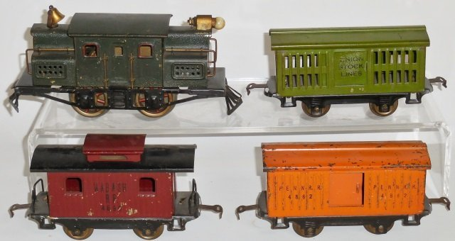 *EARLY LIONEL FREIGHT SET