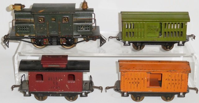 *EARLY LIONEL FREIGHT SET - 2