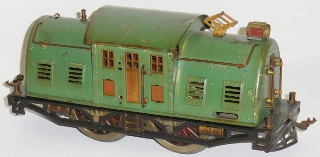*LIONEL STANDARD GAUGE ELECTRIC LOCOMOTIVE - 3