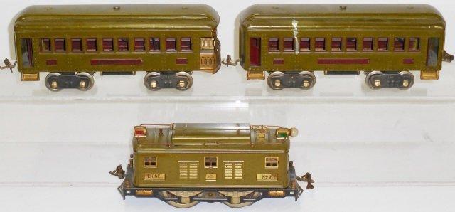 *LIONEL STANDARD GAUGE TRAIN SET - 2