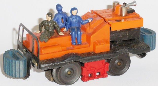 *LIONEL NO. 50 GANG CAR - 2