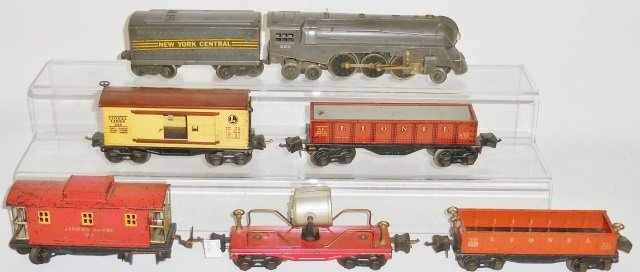 *GROUP OF LIONEL O GAUGE TRAINS - 2