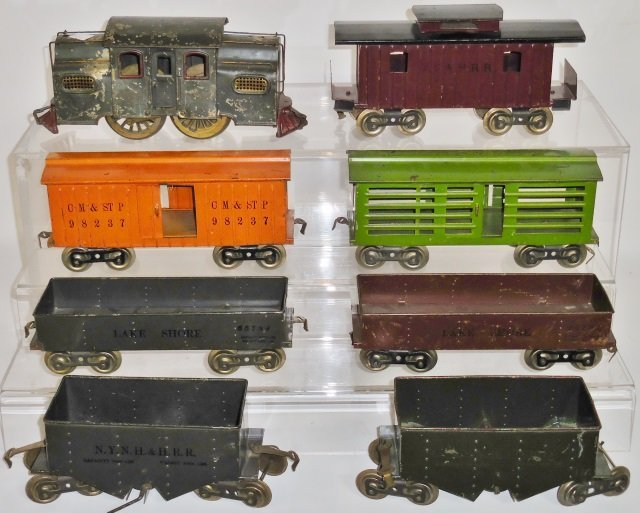 *SET OF EARLY LIONEL TRAINS - 2