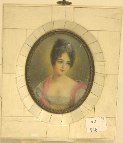 2004: ***CONTINENTAL OVAL MINIATURE PORTRAIT ON IVORY