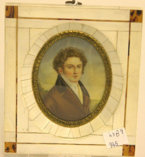 2009: ***CONTINENTAL OVAL MINIATURE PORTRAIT ON IVORY