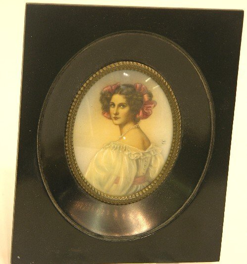 2013: ***CONTINENTAL OVAL MINIATURE PORTRAIT ON IVORY