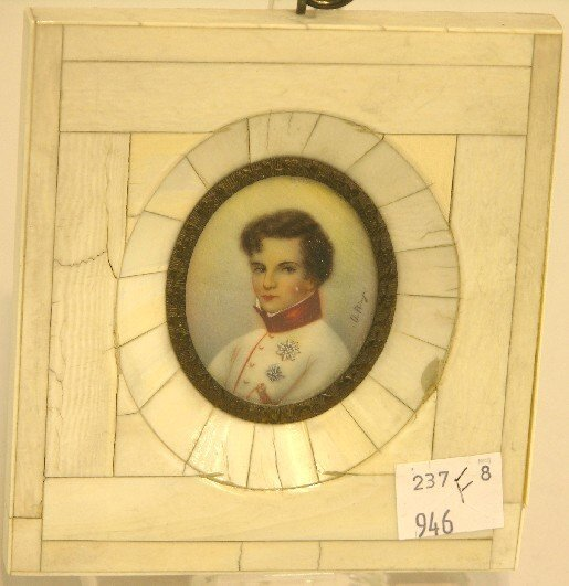 2016: ***CONTINENTAL OVAL MINIATURE PORTRAIT ON IVORY