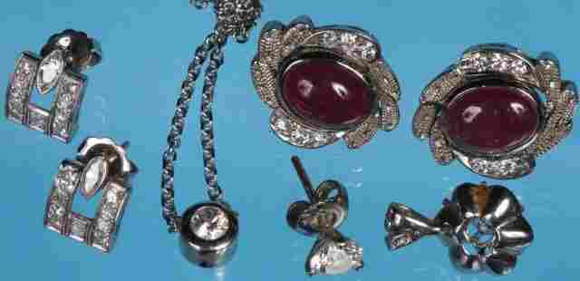 *GROUP OF JEWELRY