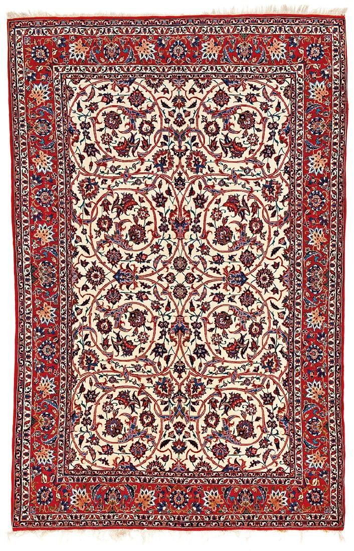 Isfahan Persia ca. 1950 239 x 155 cm (7ft. 10in. X 5ft.