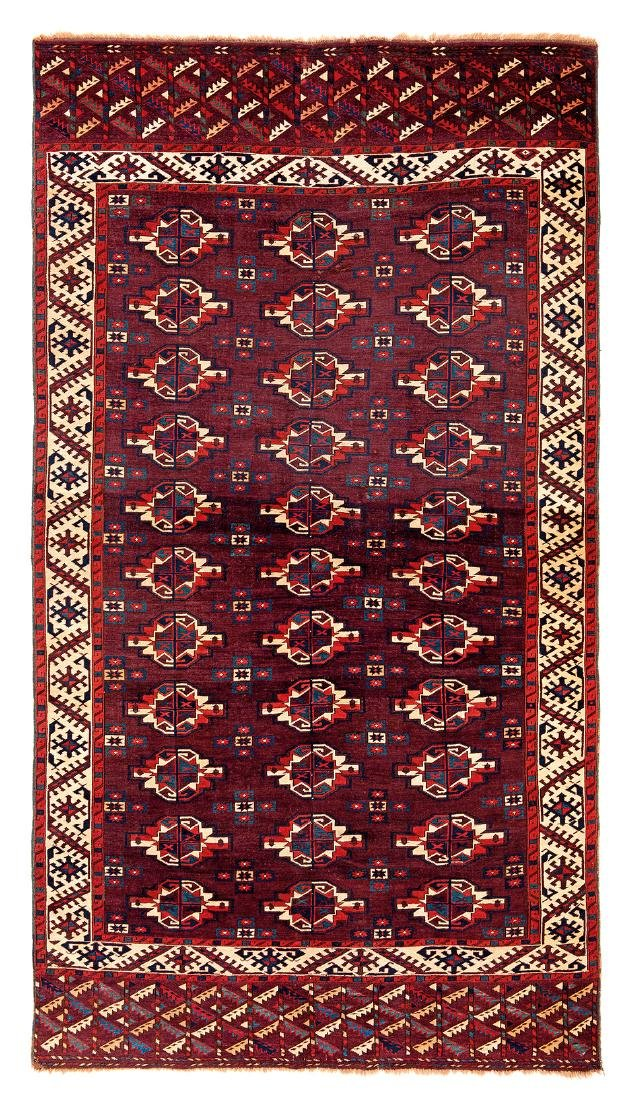 Karadashli main carpet  Turkmenistan, first half 19th