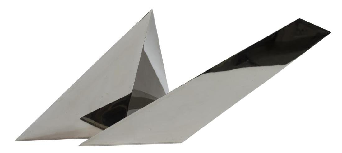 LARGE BEVERLY PEPPER STAINLESS ABSTRACT SCULPTURE