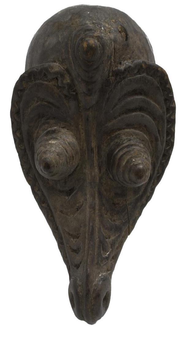 (2) NEW GUINEA CARVED WOOD MASKS, C. 1960-1980 - 4