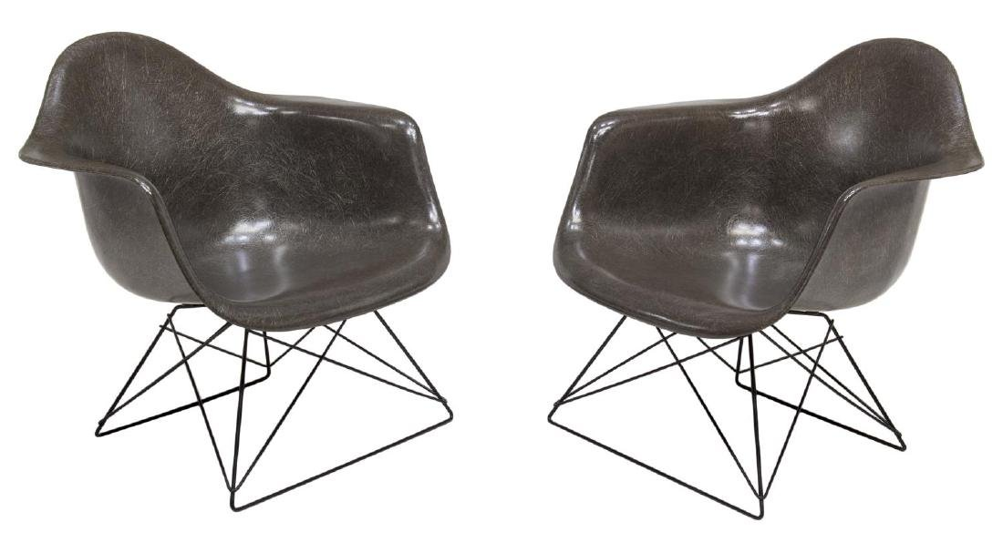 (2) HERMAN MILLER LOW WIRE BASE CHAIRS