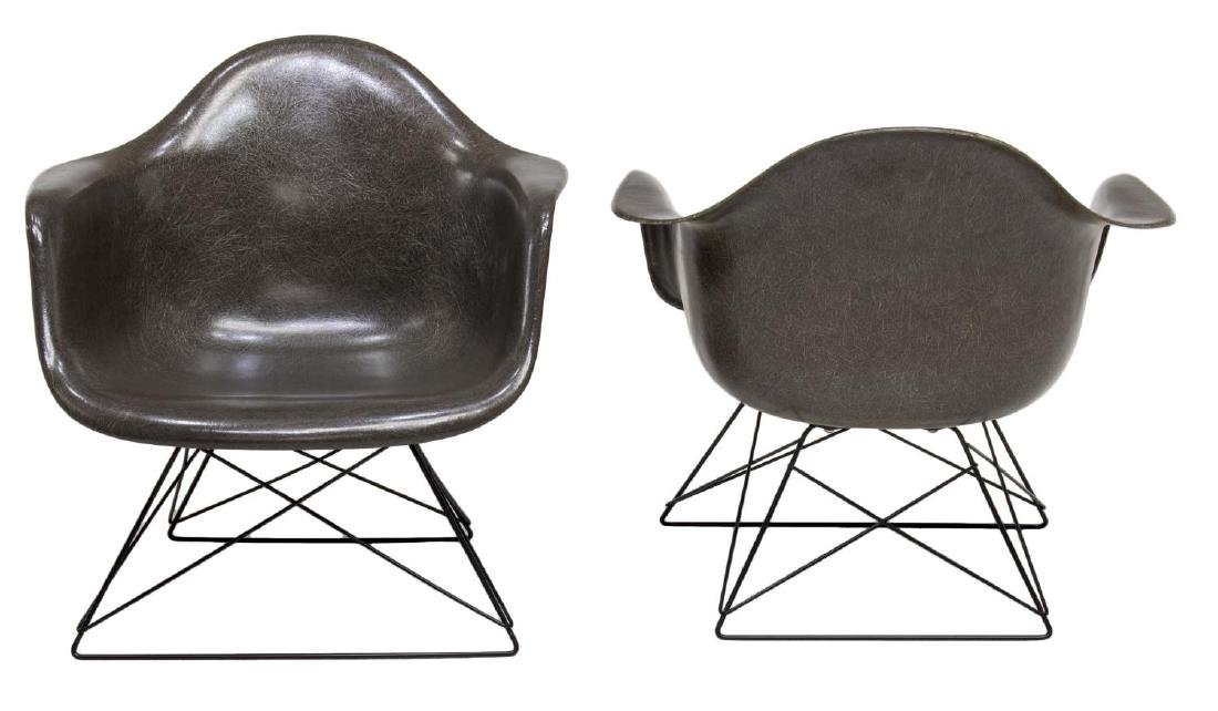(2) HERMAN MILLER LOW WIRE BASE CHAIRS - 2