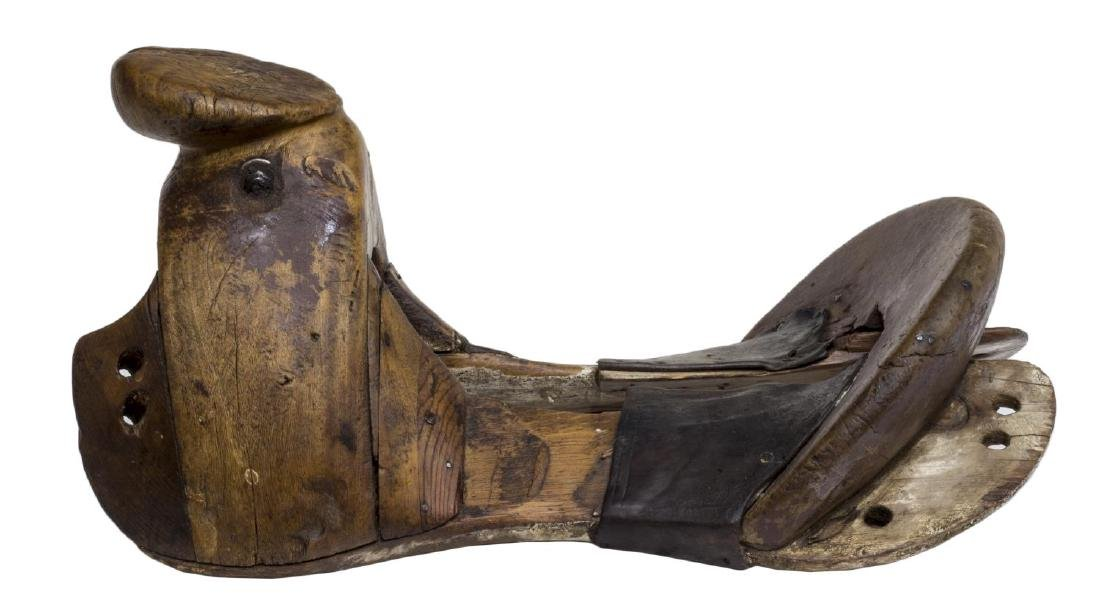 CARVED WOOD MEXICO SADDLE TREE - 2