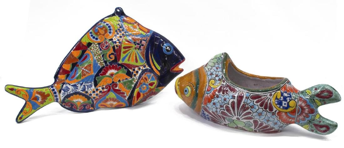 (2) MEXICAN TALAVERA ANIMALS FISH PLAQUE & PLANTER