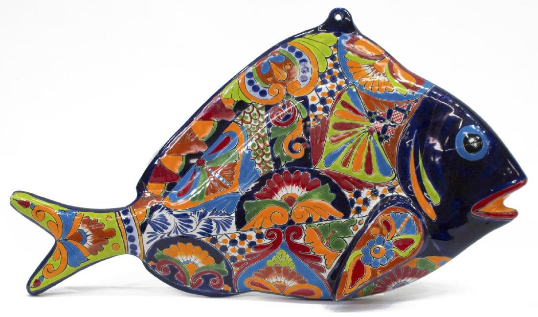 (2) MEXICAN TALAVERA ANIMALS FISH PLAQUE & PLANTER - 2