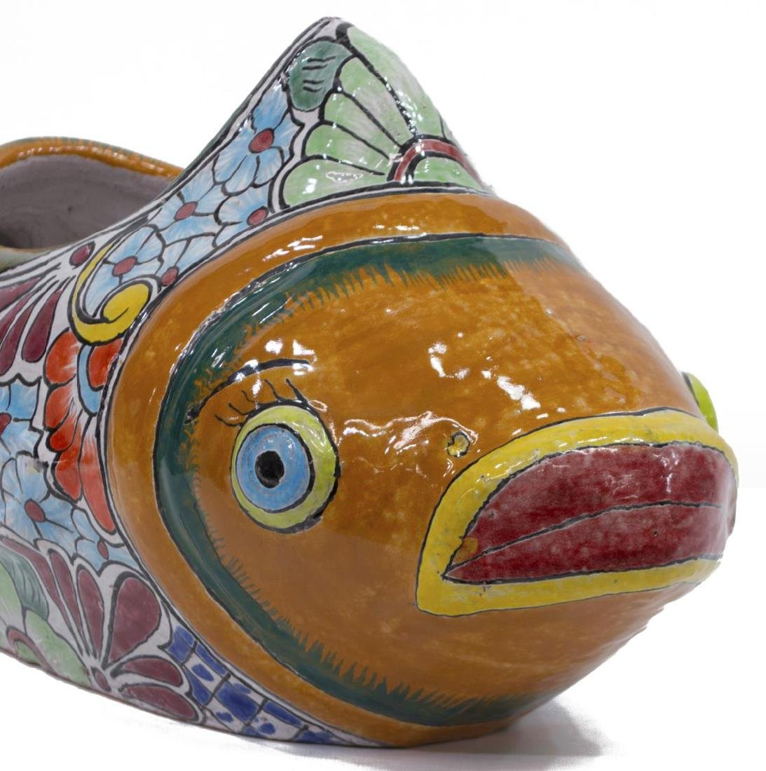 (2) MEXICAN TALAVERA ANIMALS FISH PLAQUE & PLANTER - 6