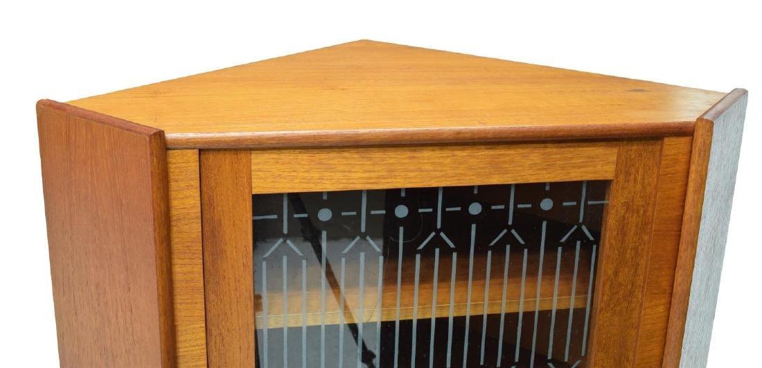 DANISH MID-CENTURY MODERN CORNER CABINET 1960S - 3