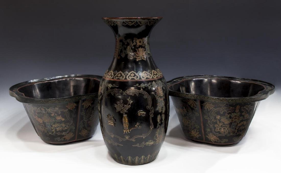 (3)CHINESE BLACK LACQUER PAPERMACHE VASE &PLANTERS