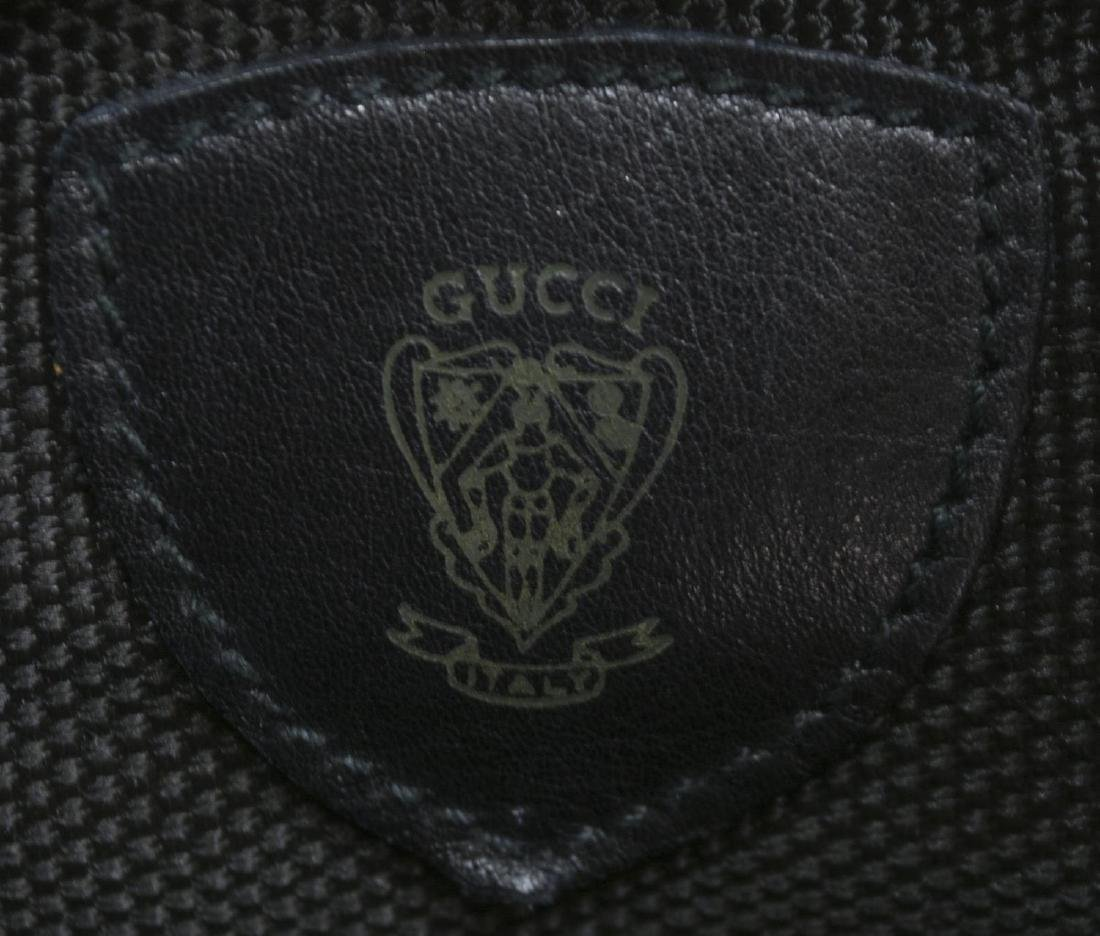 GUCCI BLACK LEATHER & WEB DRAWSTRING HOBO BAG - 4