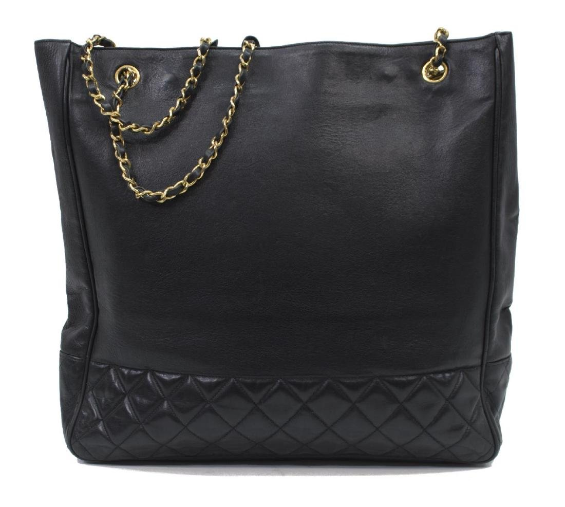 LARGE CHANEL QUILTED SMOOTH BLACK LEATHER TOTEBAG - 2
