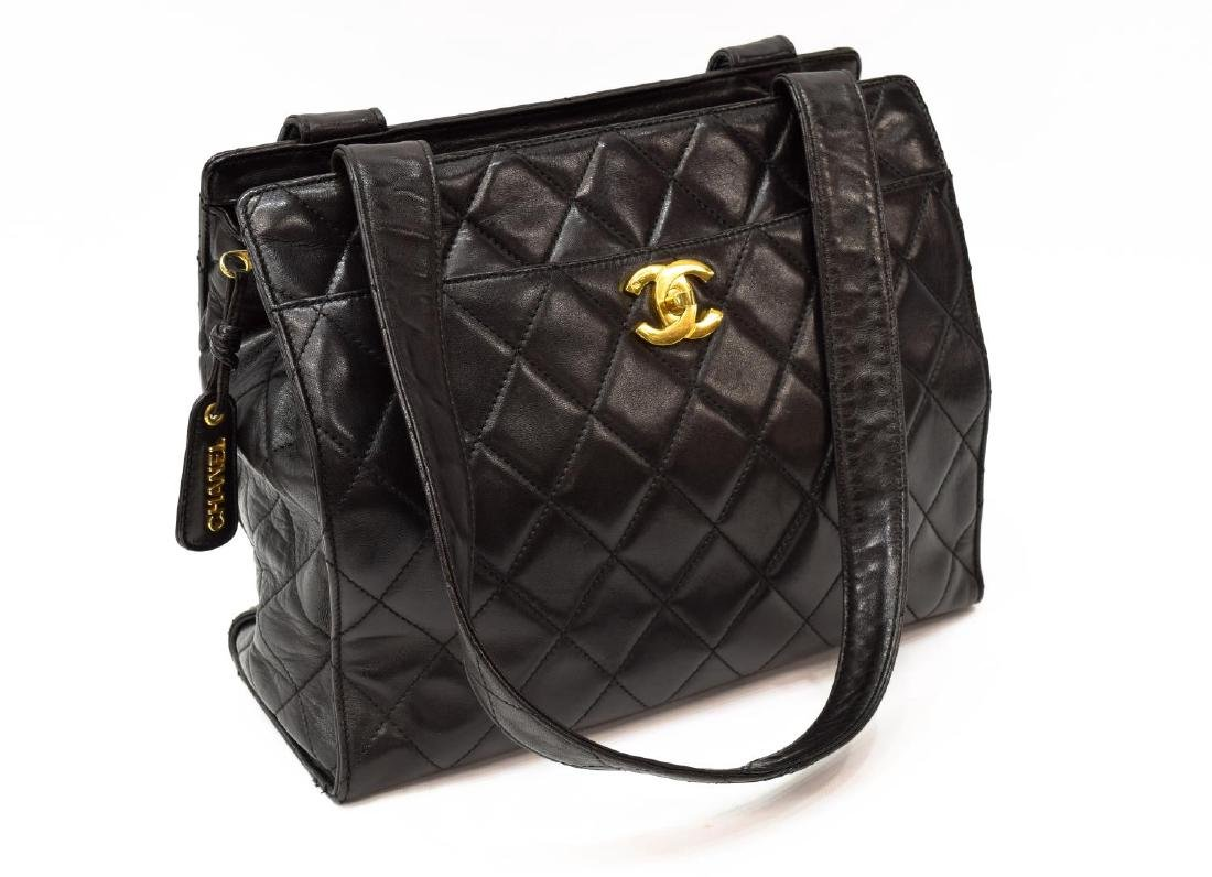 CHANEL QUILTED BLACK LEATHER TOTE BAG