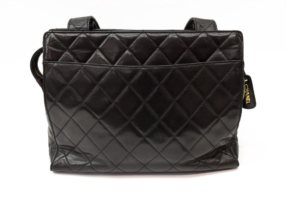 CHANEL QUILTED BLACK LEATHER TOTE BAG - 3