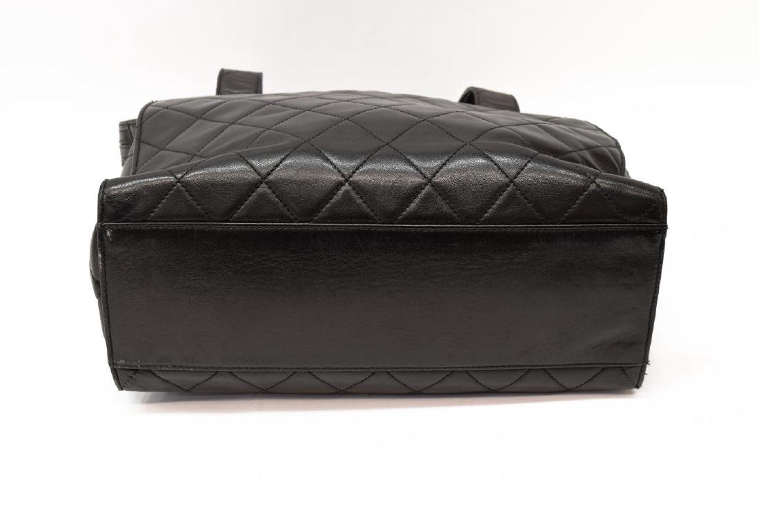 CHANEL QUILTED BLACK LEATHER TOTE BAG - 4