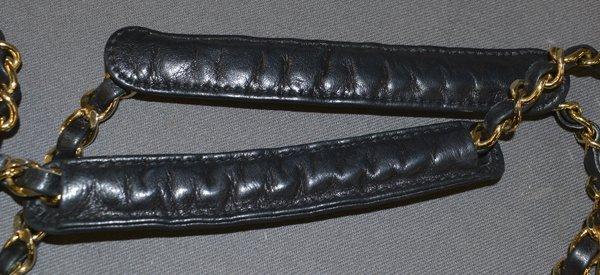 VINTAGE CHANEL BLACK QUILTED LEATHER SHOULDER BAG - 9