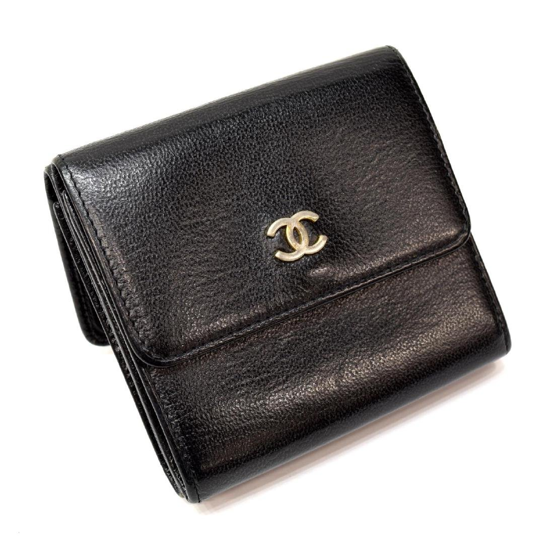 CHANEL BLACK GRAIN LEATHER BIFOLD SQUARE WALLET