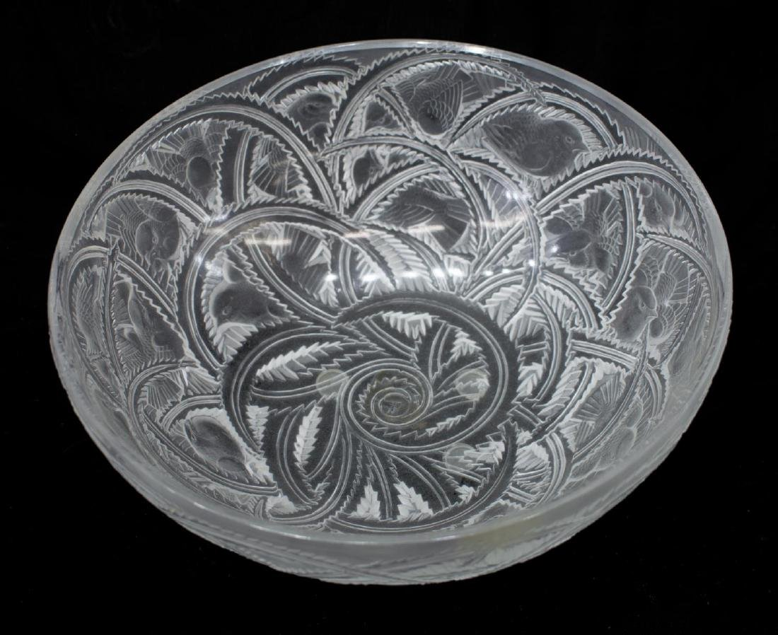 LALIQUE ART GLASS 'PINSON' SPARROW FROSTED BOWL - 3
