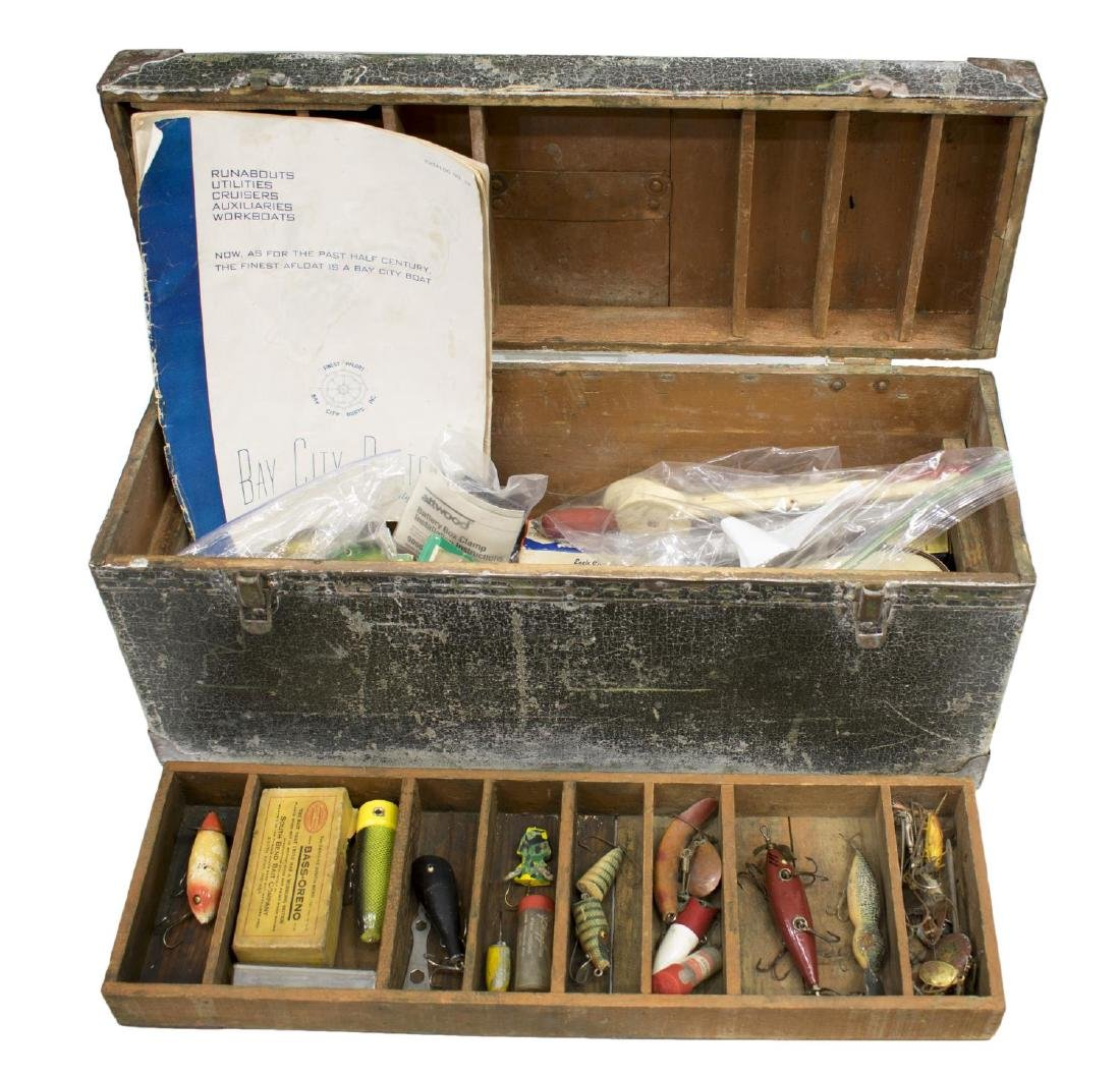 VINTAGE FISHING TACKLE & WOOD TACKLE BOX - 3