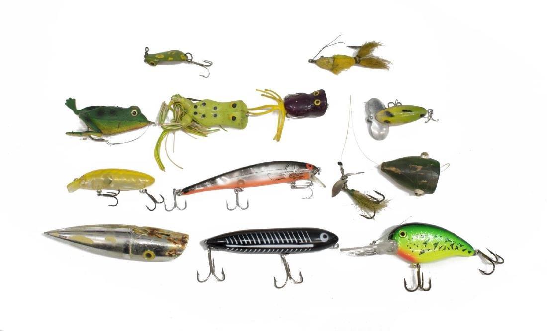 VINTAGE FISHING TACKLE & WOOD TACKLE BOX - 6