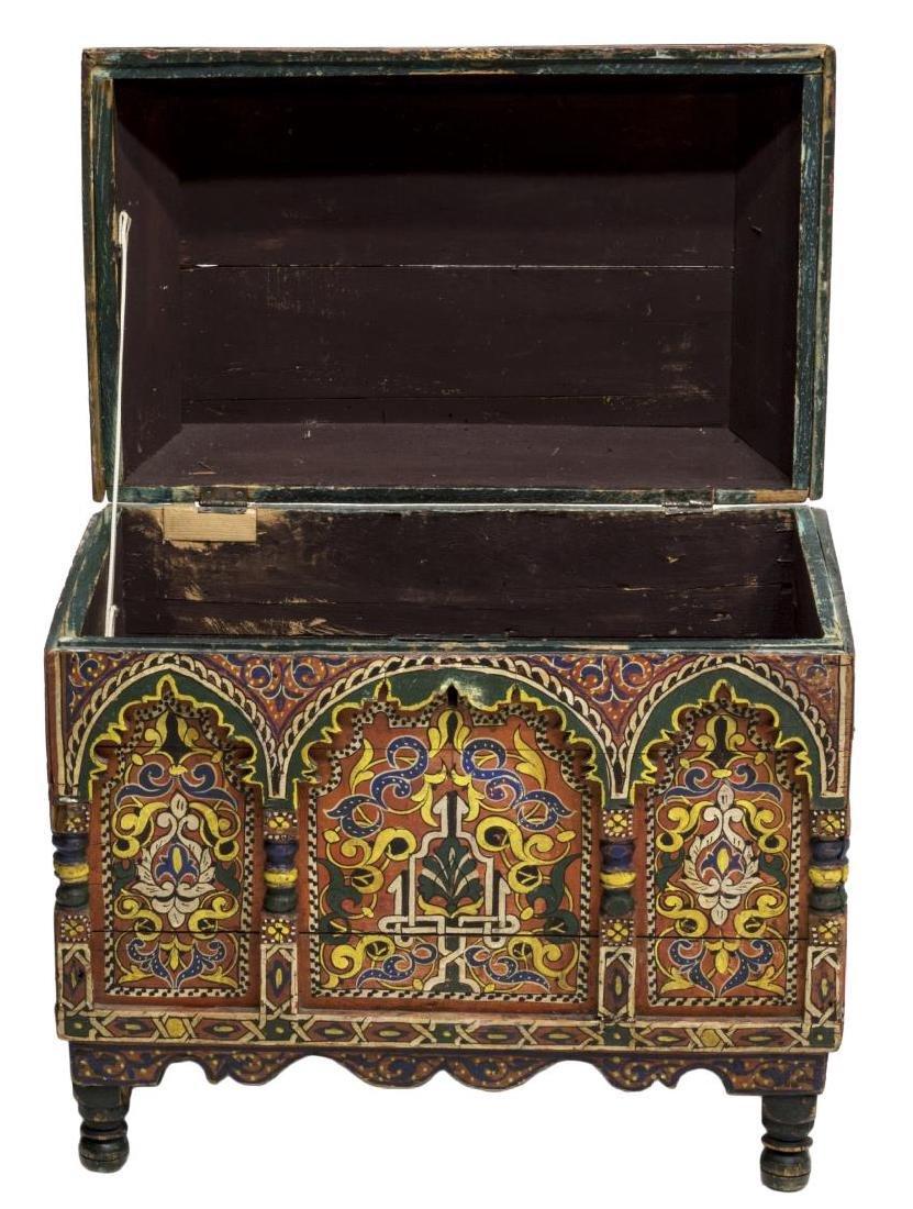 ITALIAN ARABESQUE POLYCHROME BOX, 19TH C. - 3