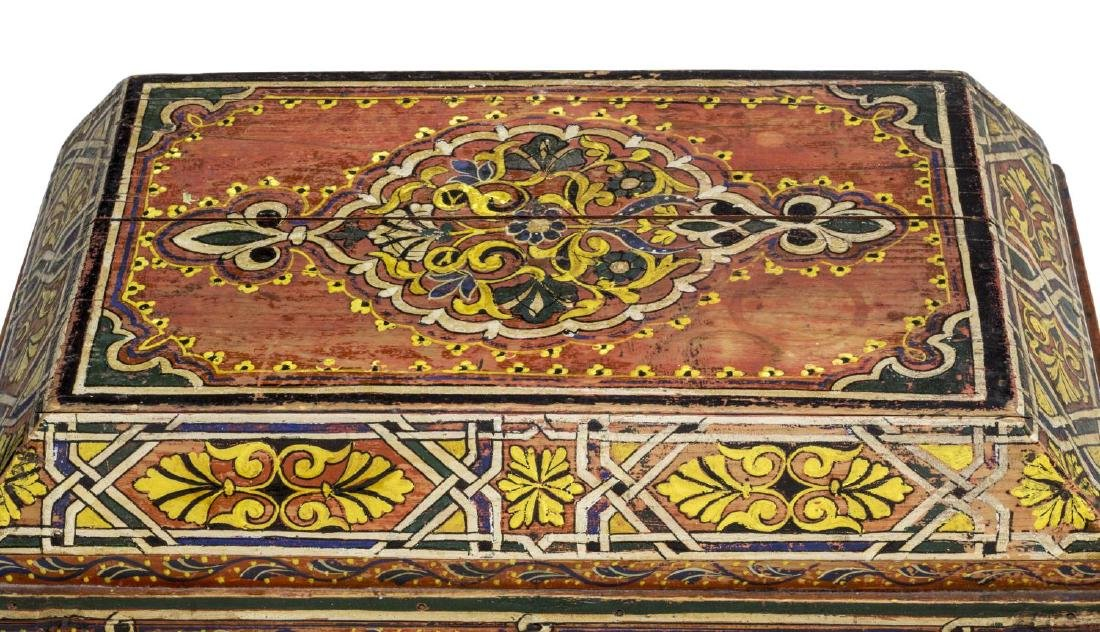 ITALIAN ARABESQUE POLYCHROME BOX, 19TH C. - 5