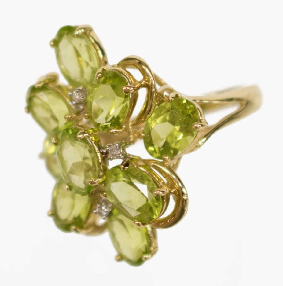 LADIES ESTATE 14KT PERIDOT & DIAMOND FLOWER RING