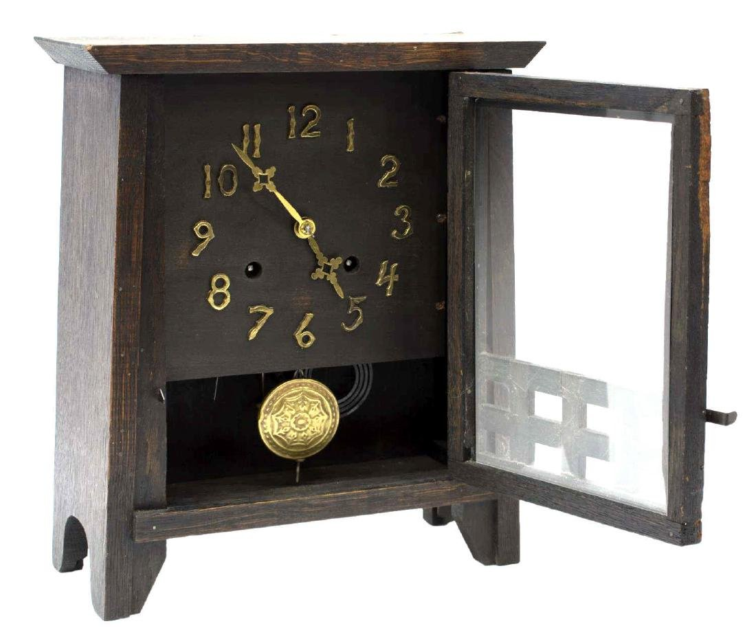 NEW HAVEN ARTS & CRAFTS MANTLE CLOCK - 2