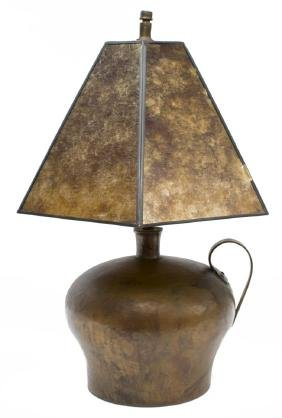 ARTS & CRAFTS HAMMERED COPPER JUG TABLE LAMP